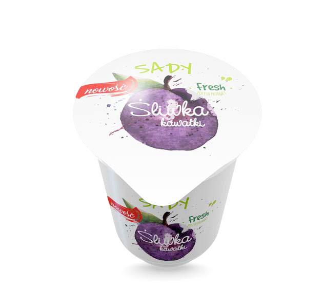 Projekt kubka iplatynki jogurtu osmaku śliwkowym zkawałkami owoców